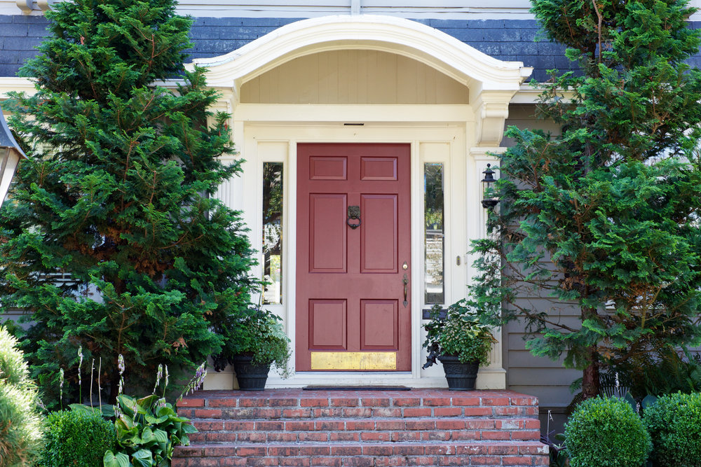 Exterior Doors When it comes to exterior doors, there are many different types and all are made very differently from one another. We have premium, midrange, and economy type door products, and all can vary in price greatly. Front Entry Doors: These are usually the main focal point on the front of a house. With all the different styles in Architecture and design, we are sure to have a style that fits your design & budget. Premium Doors can consist of Aluminum Clad wood doors, All wood doors in species like Mahogany or Douglas Fir, and Fiberglass. All these can be ordered with prefinished painted or stained finishes. Premium doors can also be ordered with multipoint hardware and exterior trim options. Fiberglass doors are the most common, and are available in a smooth or textured wood grain skin. These are usually painted on site, but are available prefinished as well. Some of the main brands we carry are Andersen, Jeld-Wen, Kolbe, Glass Craft, Florida Iron Doors, Rogue Valley, Simpson, Thermatru, Provia, Plastpro, and Masonite.