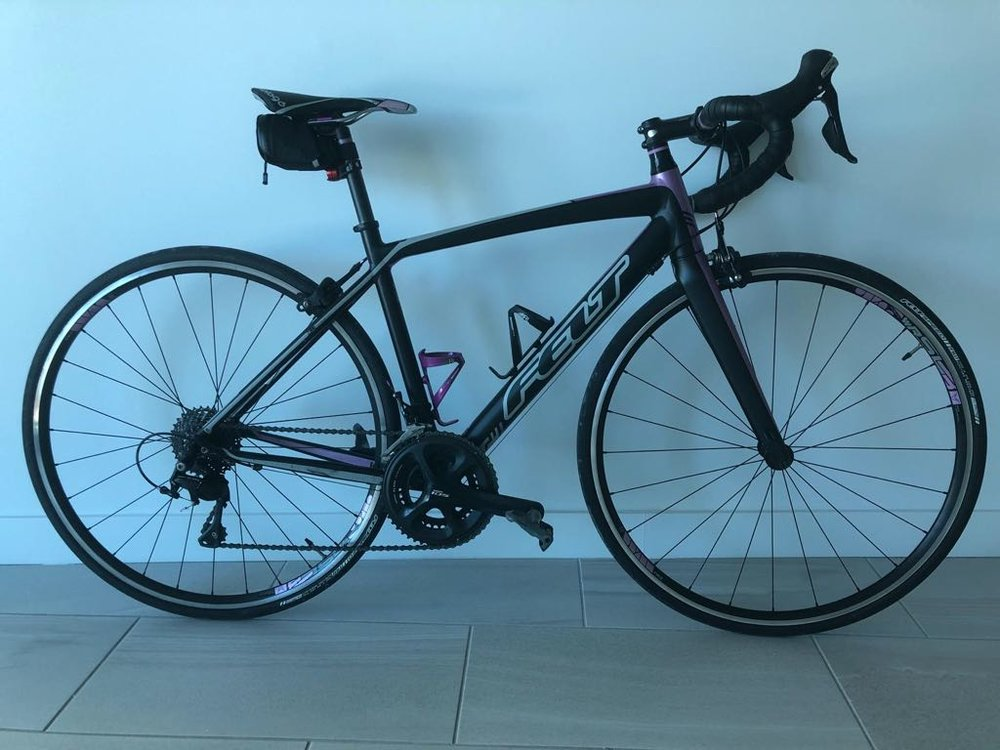 FELT  Woman zw5 2016 road Bike with 105 components, size 52, $1500