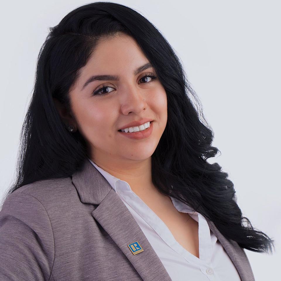 Maria vanegas - 708-374-0052mariavanegas@realtyofchicago.com