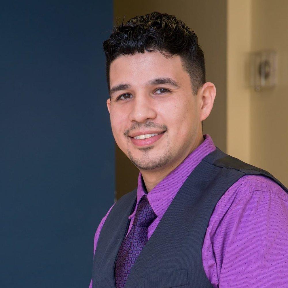 ALex Valenzuela - 224-999-3951alexv@realtyofchicago.com