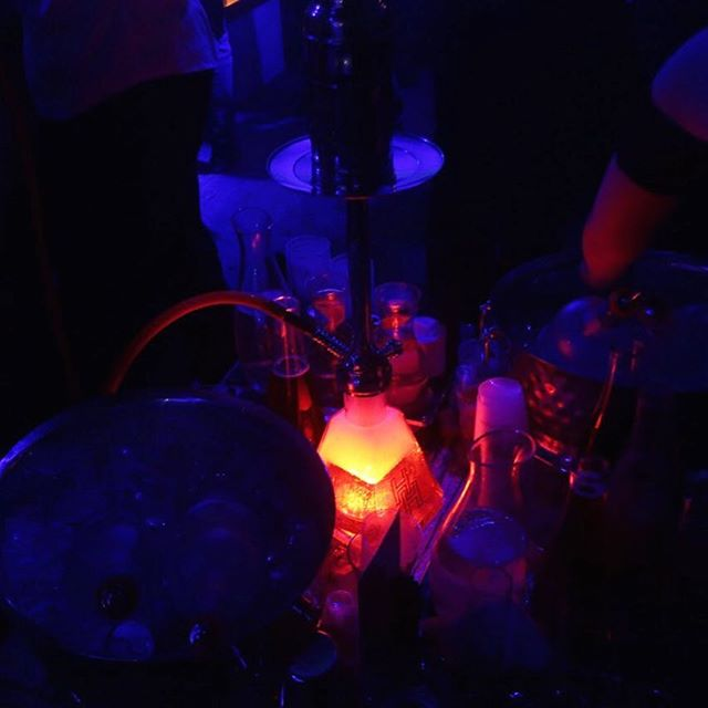 What's goes great with bottle service?! Hookahs of course! 😊💨 Make sure to request a Hookah for your table this weekend!