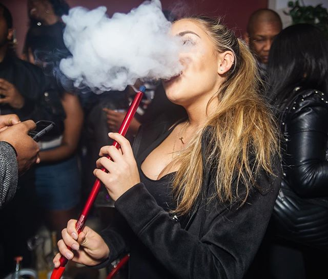 @_its_just_jenna_ 💨💨💨💨💨 📸 @compassionate_1  #clevelandhookah hookahdelivery #hookah #hookahrental #hookahcatering  #hookahlife #hookahtime #fruitheadhookah #cleveland #thisiscle  #thingstodoincleveland