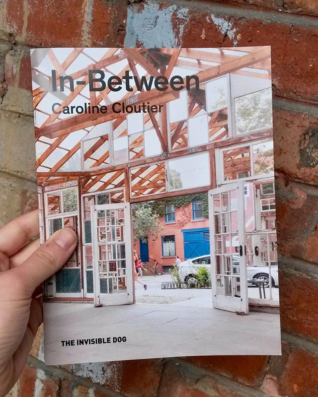 😭This is the end already… temporary site specific art disappear in the air, but photos and writings remains!!🌈🙏 A catalogue about my last installation « In-Between » @theinvisibledog is now online with 2 wonderful essays from ⚡️Melissa Bianca Amore and ✨William Stover, co-founders of @re_sited . 🔥here: bit.ly/2J4gTG2  A warm thanks to the Invisible Dog and the authors! You liked the show and want to support ID?  Please donate to their 10th anniversary fundraising campain! 💰here : kck.st/2J741ij . . . . #theinvisibledog  #51bergen  #brooklyn #brooklynart  #insitu #artresidency #artinstallation  #carolinecloutier #art #artcontemporain #contemporaryart #canadianart #canart #artoftheday #artwork #artist #visualartist #carolinecloutier #photography #canadianartist #installation #mirrorinstallation #brooklynart #essayaboutart #essay #artcatalogue #artistbook #re-sited #idturns10