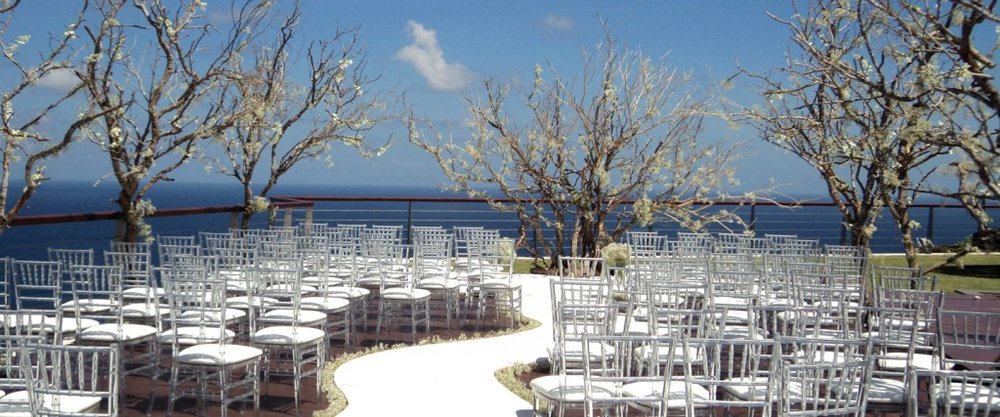 An incredible ceremony location for your cliff top wedding.jpg