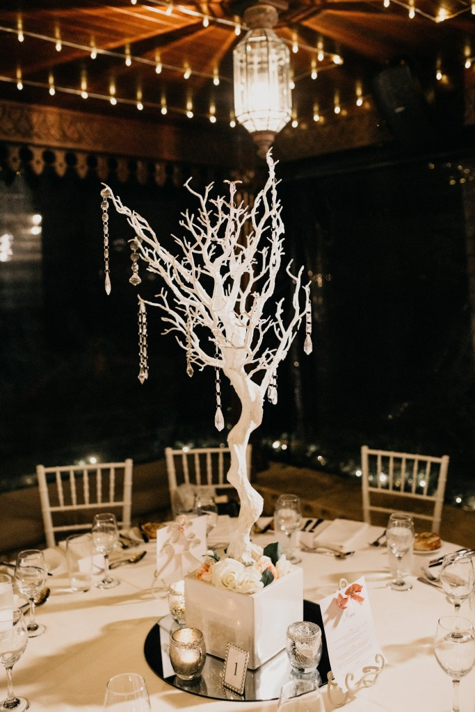 A beautiful wedding table centre piece.jpg