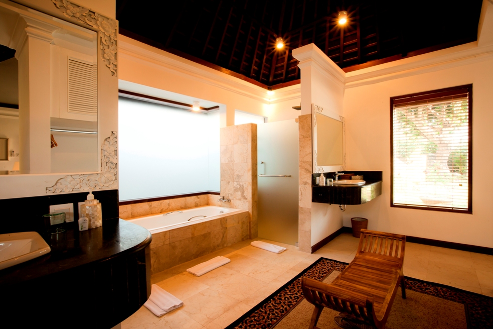 Berahi-bathroom.jpg