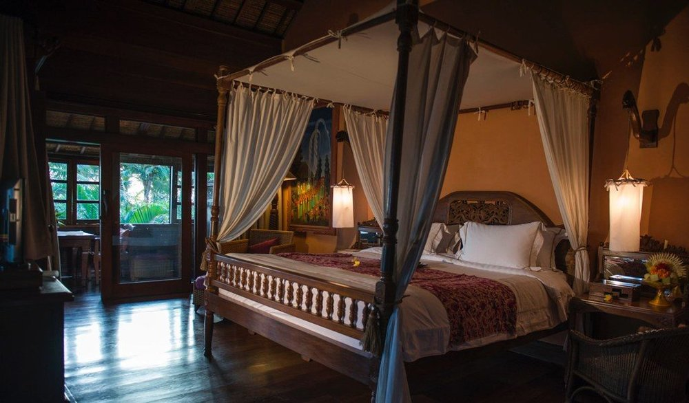 Hotel Tugu - 5 Stars, Canggu - This property is 1 minute walk from the beach. Featuring a sizeable antique collection on the property that includes Balinese, Javanese and Asian artefacts, Hotel Tugu Bali offers accommodation in Canggu. It is located on Echo Beach, along the coast north of Seminyak. Nestled within private gardens, the hotel features an outdoor pool overlooking panoramic sunset views and 5 themed in-house restaurants