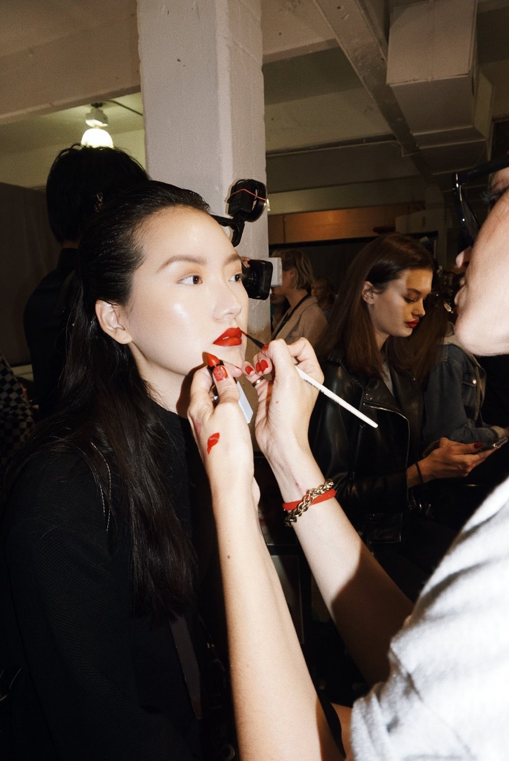 Veronica Beard ss19 backstage beauty essie moart beauty NYFW