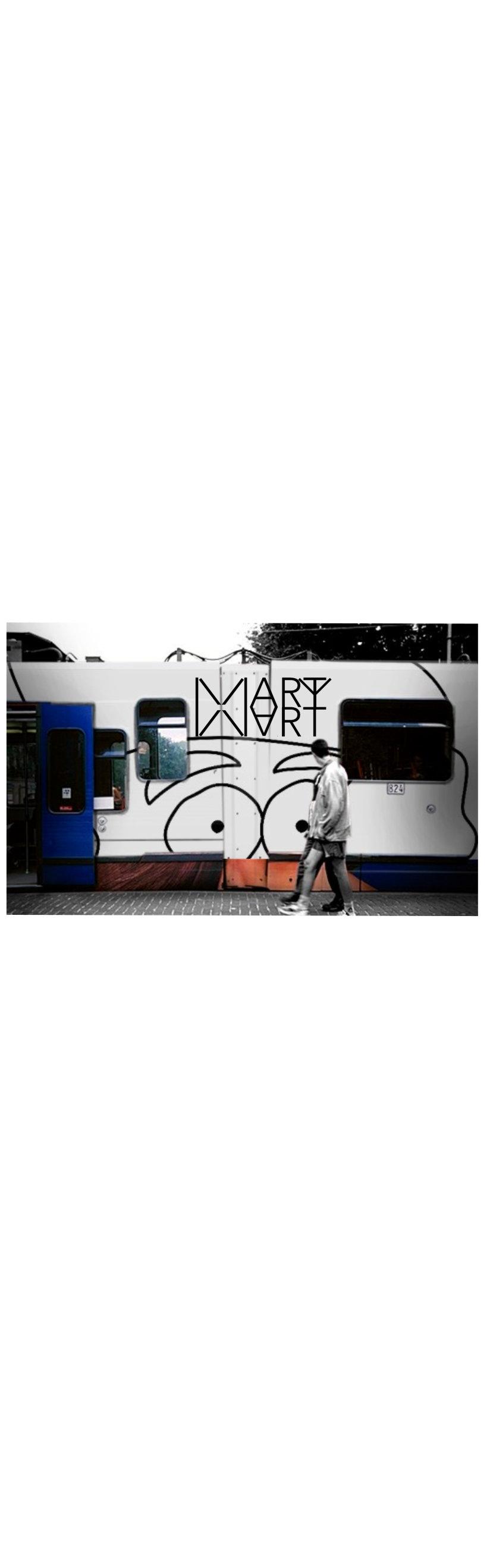 Train,graffiti