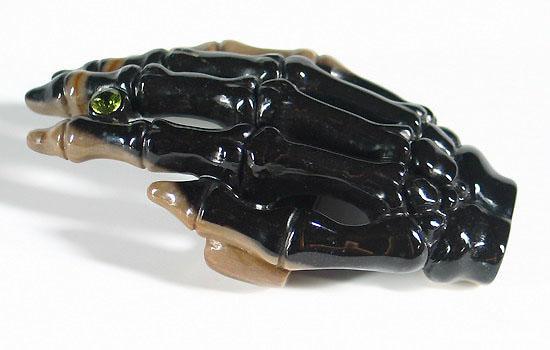 Black-Agate-Crystal-Hand-Bones-Buckle-09.jpg