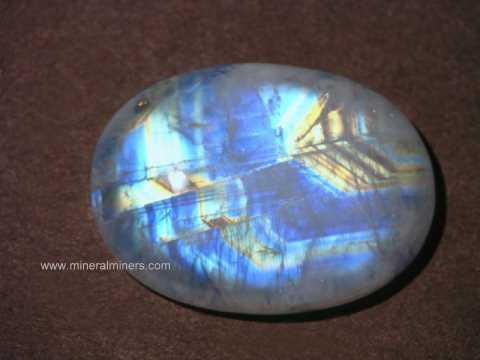 moog175-moonstone-gemstone.jpg