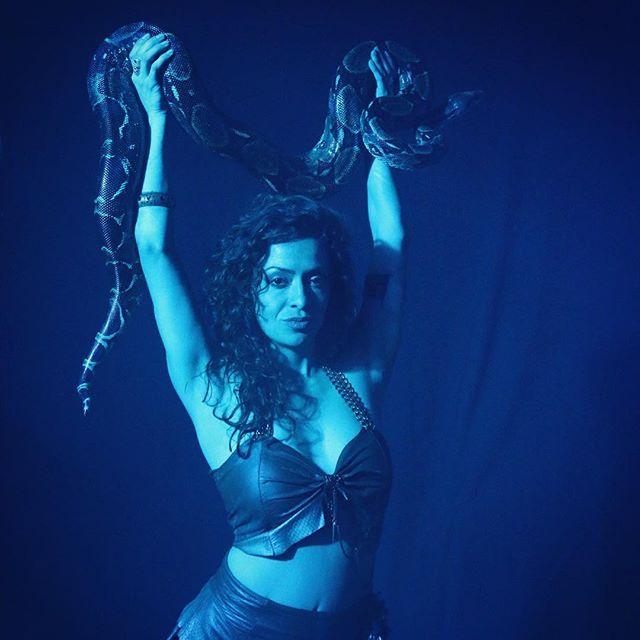 Hypnotize #ritualburlesque #burlesque #snakecharmer #performanceart #losangeles