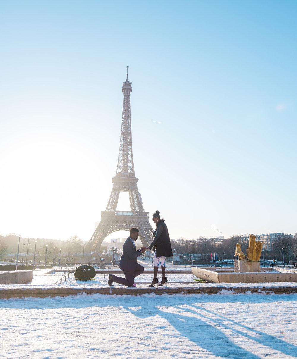 picture me paris surprise proposal at trocadero eiffel tower