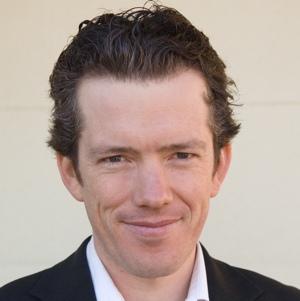 Sholto Macpherson, niche blogger