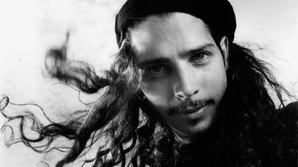 la-et-mg-chris-cornell-of-soundgarden-in-1991-20170524.jpg