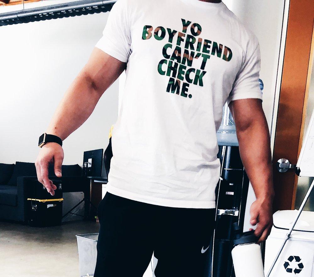 yoboyfriendcantcheckme.JPG