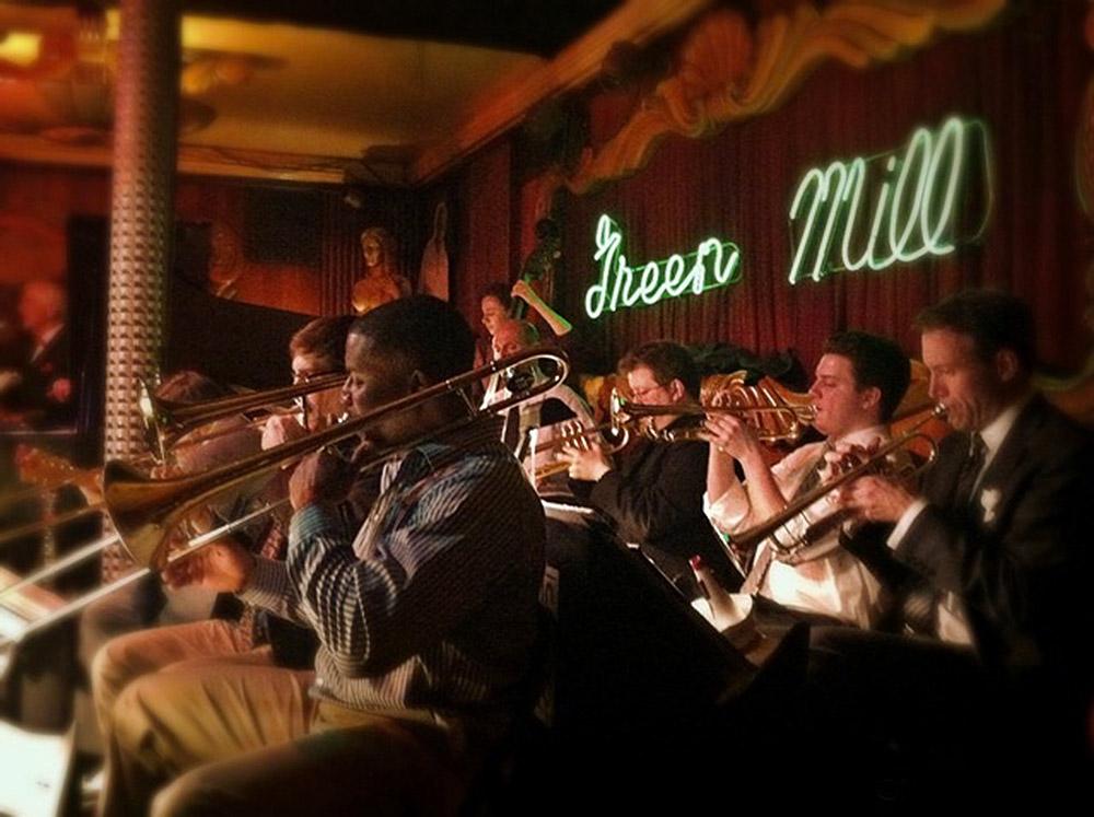 Sur-mesure-Etats-Unis-Chicago-Jazz-Musique-Green-Mill--@-Nora-Gherras---Copie.jpg