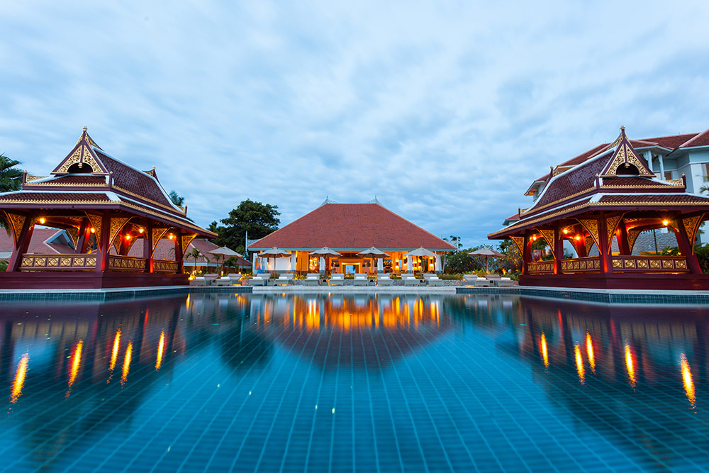 Amatara-Wellness-Resort_pool-evening.jpg