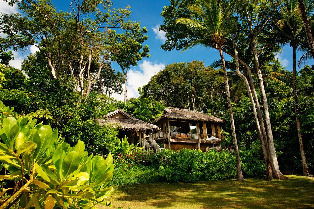 Beachfront_Pool_Villa_Suite_[302-A4].jpg
