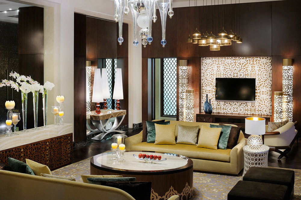 OneAndOnly_ThePalm_Accommodation_GrandPalmSuite_LivingRoom_HR.jpg