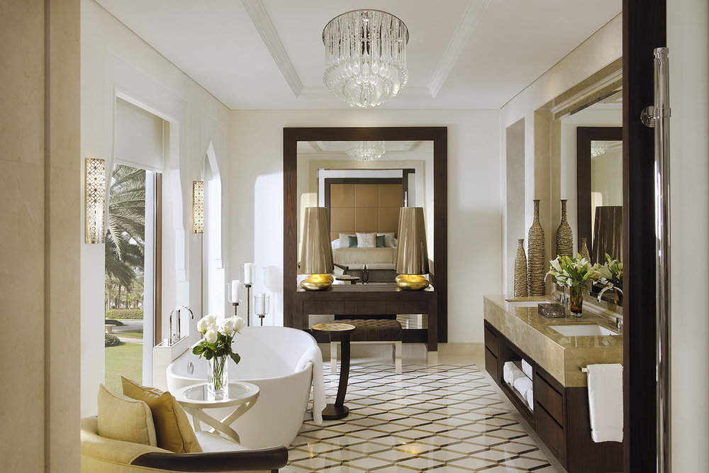 OneAndOnly_ThePalm_Accommodation_JuniorSuite_Bathroom_HR.jpg
