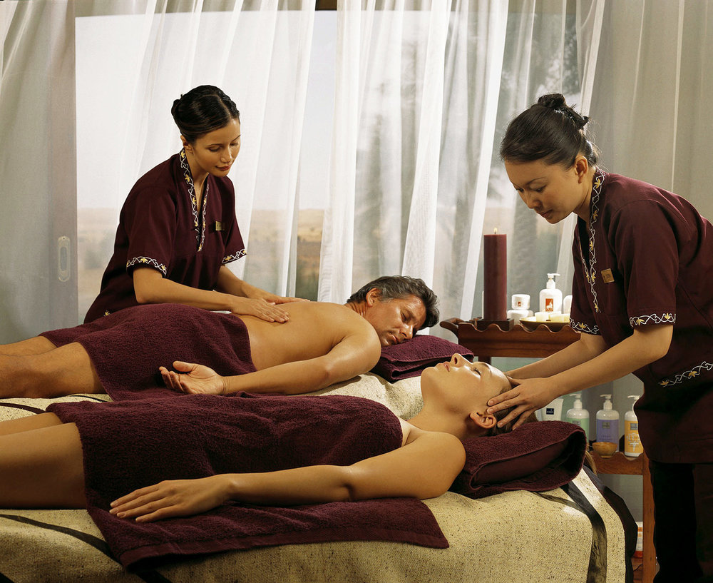 lux3081ls-95818-Treatment---couple-massage-Med.jpg