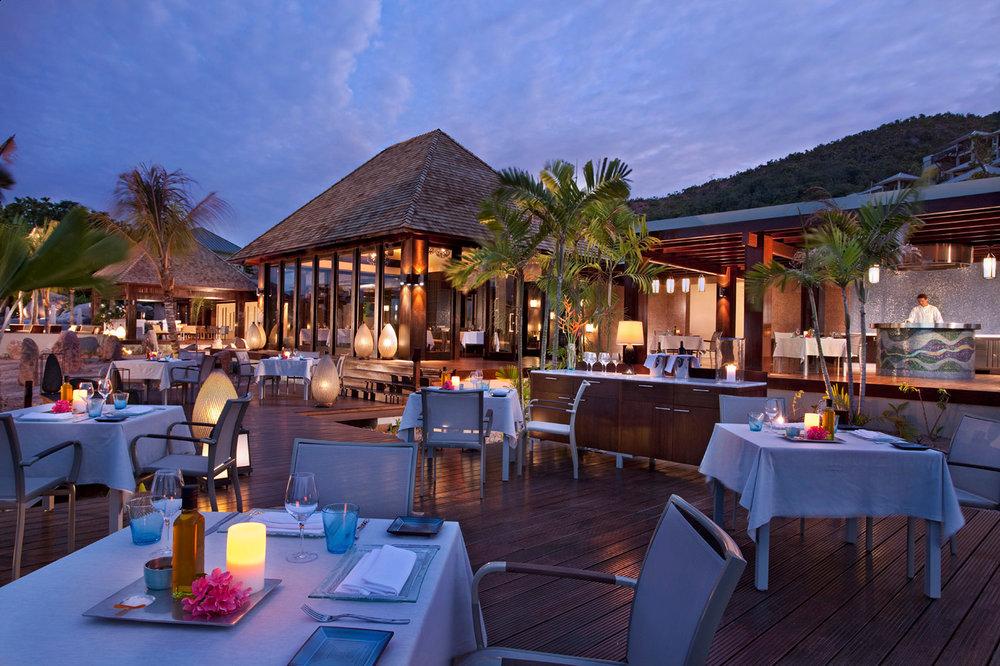 Curieuse-Restaurant_Credit-Raffles-Praslin-2048x1364.jpg