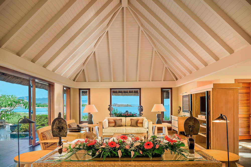 H0G6J_58642779_The_Oberoi_Mauritius_-_Royal_Villa_Living_Room.jpg