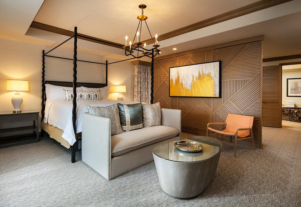 lux3544gr-207567-Presidential-Suite-Master-Guestroom.jpg