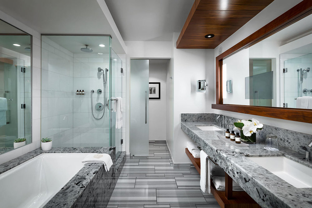 Owner's-Suite-Bathroom_696215_high.jpg