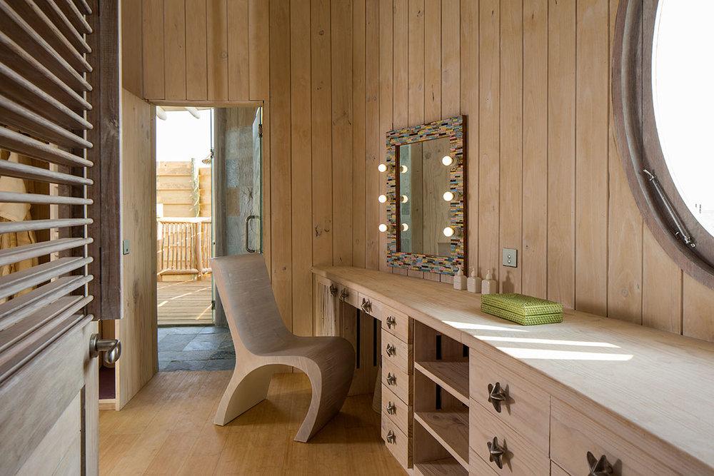 1-Bedroom-Overwater-Villa_Dressing-Room_by-Richard-Waite.jpg