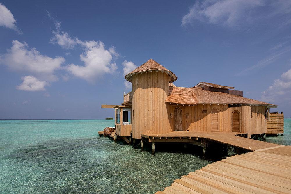 1-Bedroom-Overwater-Villa_Exterior_3_by-Richard-Waite.jpg