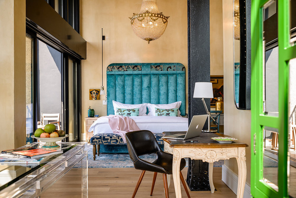 The-Silo-Hotel_Deluxe-Superior-Suite-Bedroom.jpg