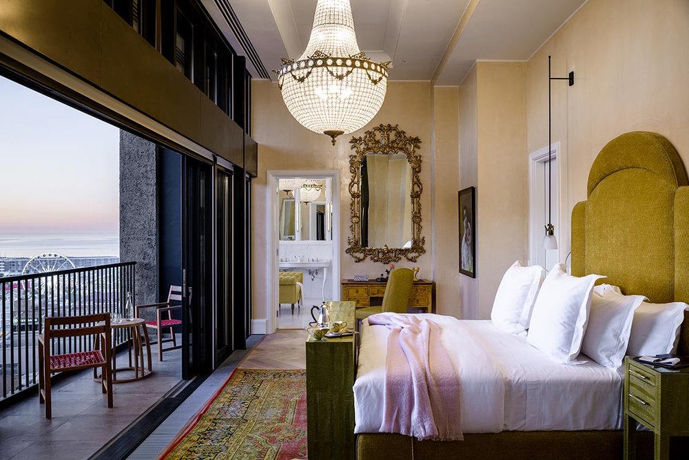 The-Silo-Hotel_Penthouse-Bedroom.jpg
