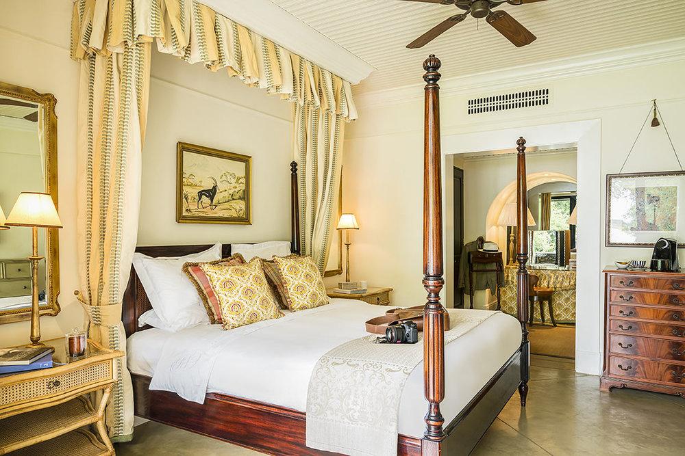 The-Royal-Livingstone-Anantara_Presidential-Suite-Bedroom.jpg