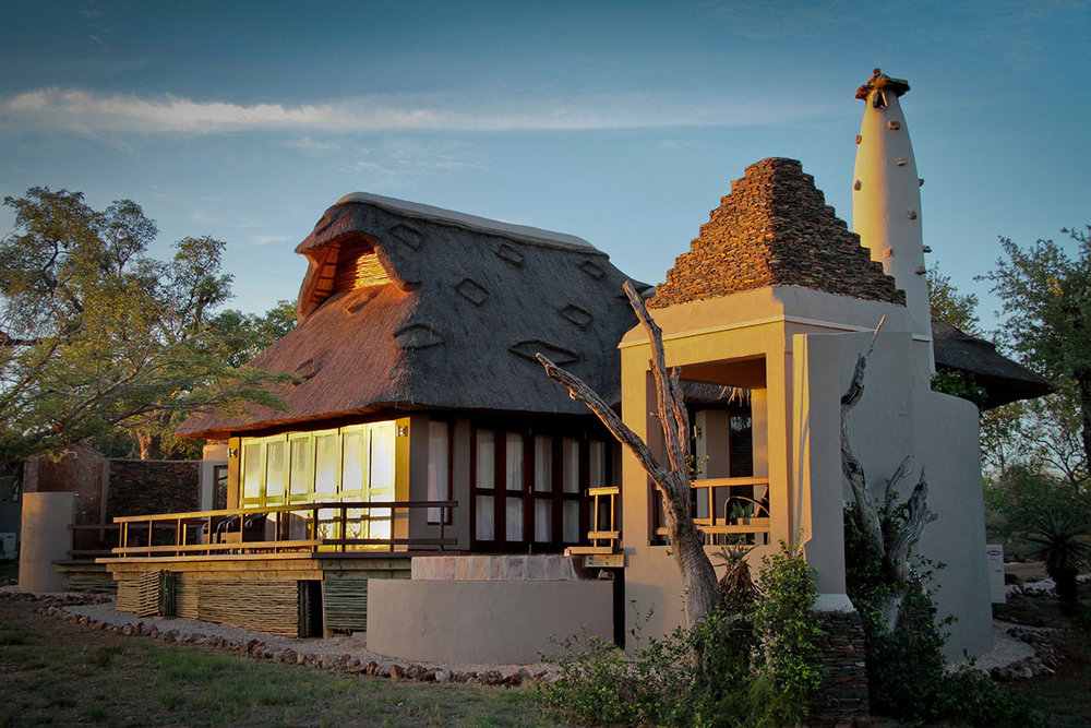 Jamala-Madikwe-Royal-Safari-Lodge_Villa-Exterior-3.jpg