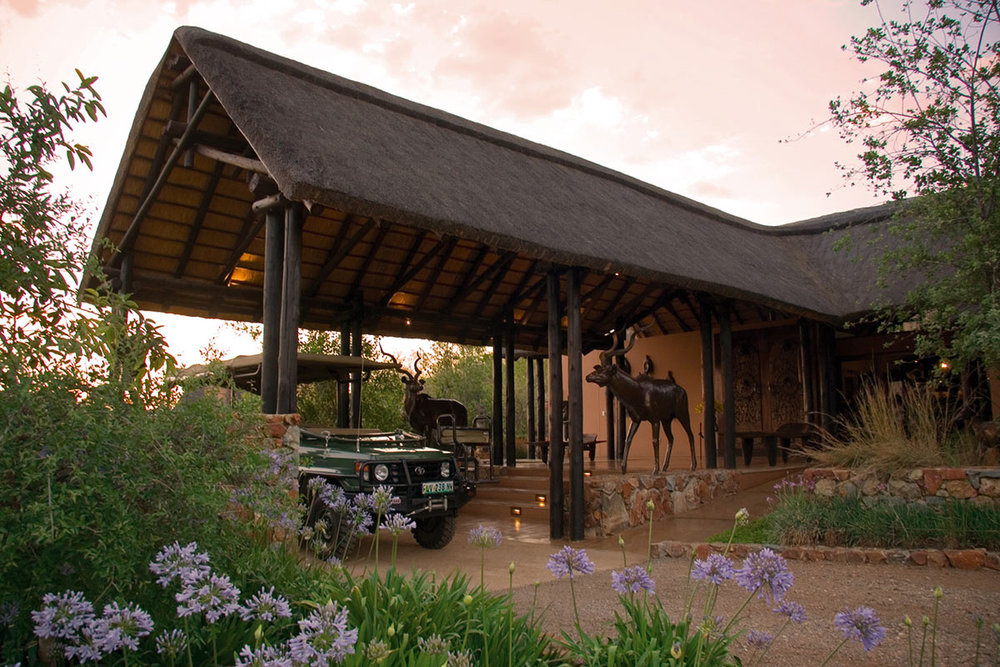 Mateya-Safari-Lodge_Entrance-1.jpg