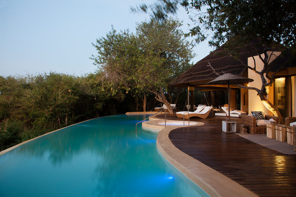 Molori-Safari-Lodge_Presidential-Deck.jpg