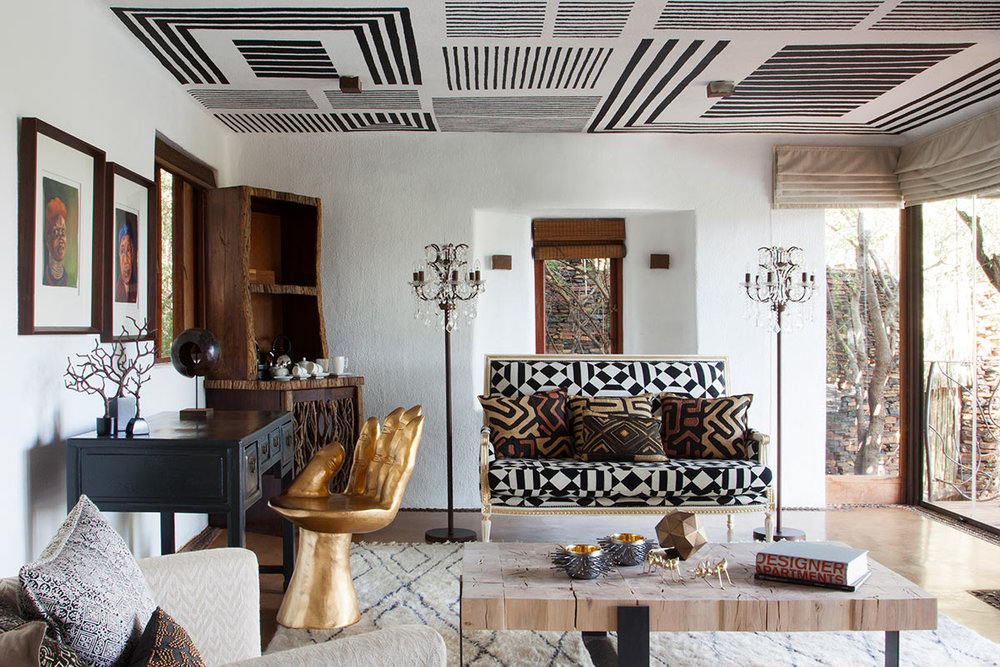 Molori-Safari-Lodge_Sephiri-Lounge.jpg