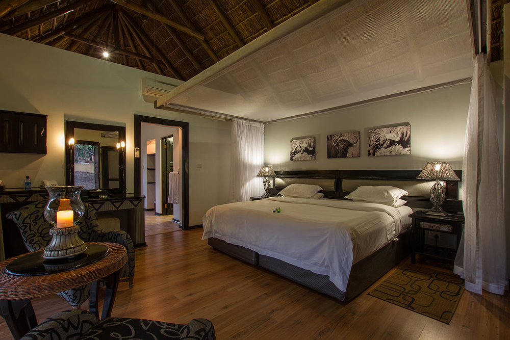 Ivory-Tree-Game-Lodge_Villa-Bedroom.jpg