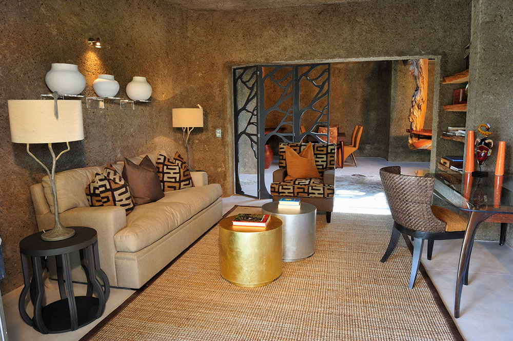 Sabi-Sabi-Earth-Lodge_Amber-Presidential-Suite-Study.jpg