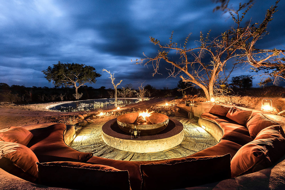 Sabi-Sabi-Earth-Lodge_Fire-Pit.jpg