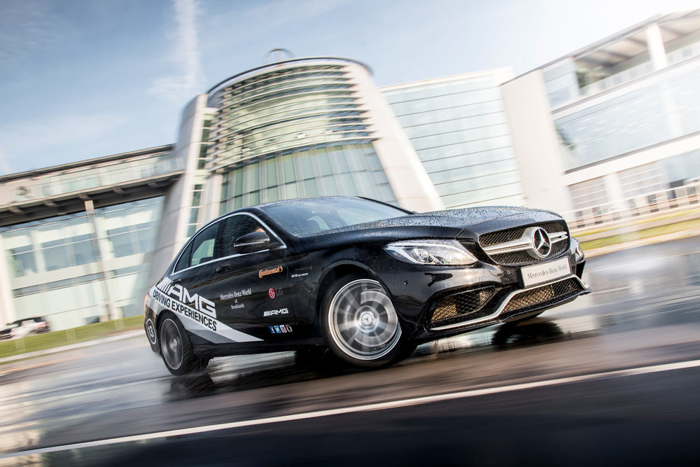 ultimate-amg-driving-experience-24121531.jpg