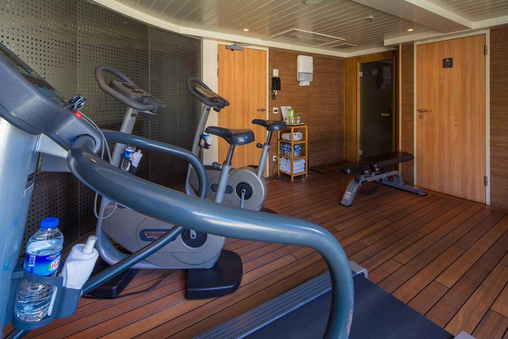 ship_9_fitness_gallery.jpg