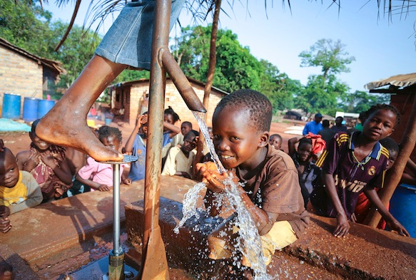 Central-African-Republic-Water-for-Good-MudLOVE.jpg