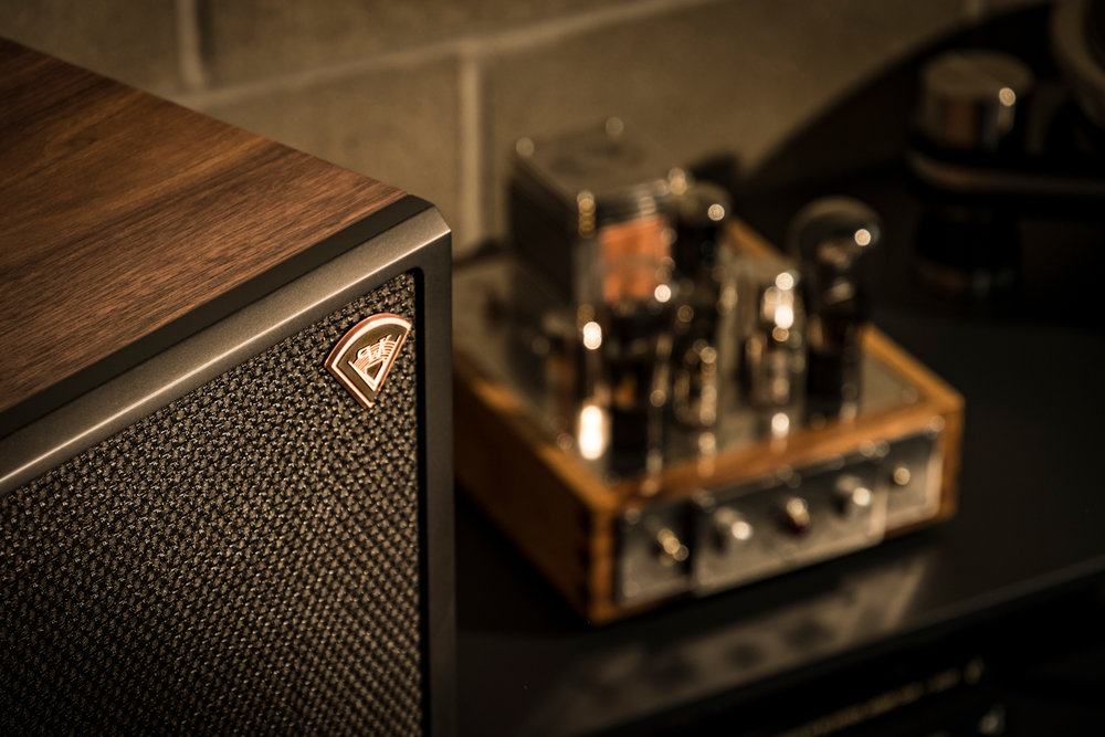 Houston-Audio_Klipsch_Heritage_Classic_LaScala_lifestyle5.jpg