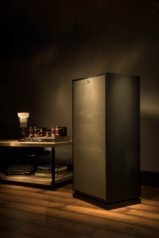 Houston-Audio_Klipsch_Heritage_Classic_Forte_lifestyle7.jpg