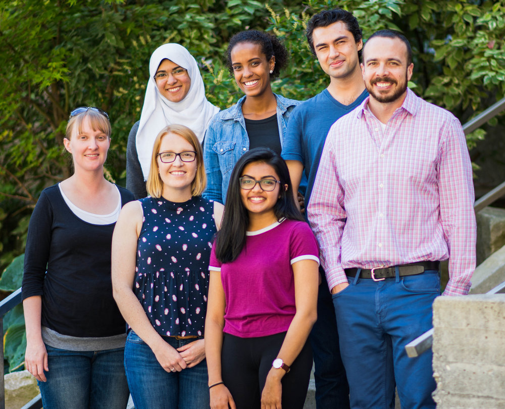 left to right-ish (you'll figure it out): Heather (tech), Yomna (undergrad), Kate (post-doc), Yodit (PhD candidate), Maitri (undergrad), Rajiv (PhD candidate), and Steve (lab head).