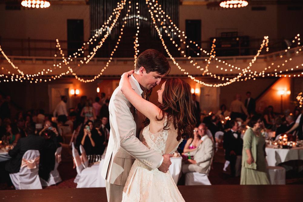Wedding Photographers Columbus (50 of 69).jpg