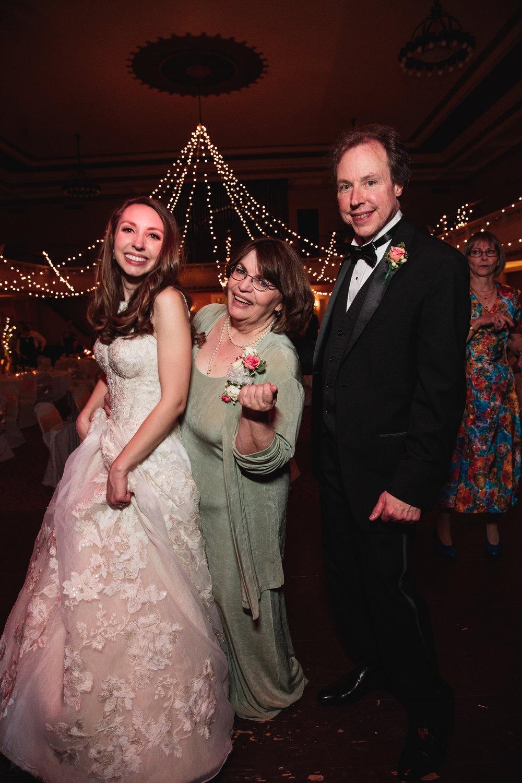 Wedding Photographers Columbus (67 of 69).jpg